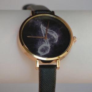 Horloge goudkleurige kas ten wijzerplaat muzieknoot mistig zwart kunststof band gadgets voor gitaar en muziek cadeau