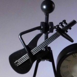 Klok met beeld gitarist metaal gadget voor gitaar en muziek cadeau