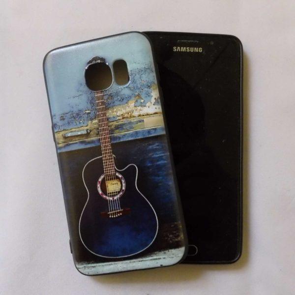 Samsung S7 cover met mooie blauwe akoestische gitaar