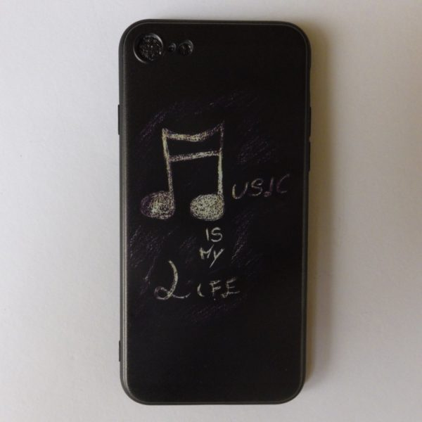 Cover Iphoe X met tekst Music is my life