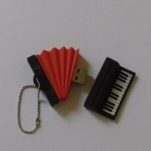 USB stick 32 Gb harmonica